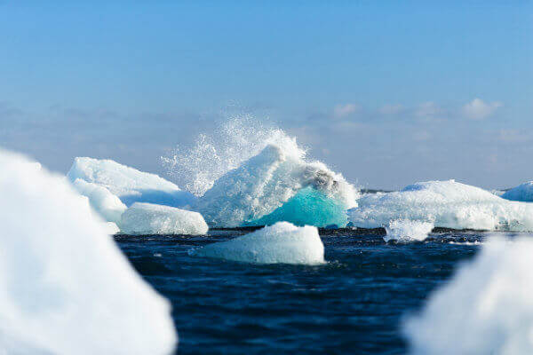 reasons-visit-antarctica-iceberg-2