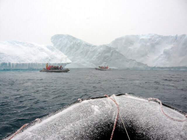 reasons-visit-antarctica