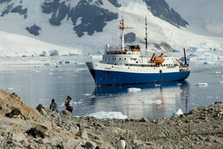 tips-find-cheap-antarctica-cruise-triple-cabin