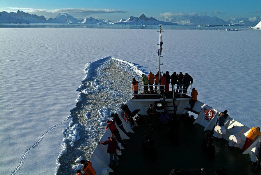 tips-find-cheap-antarctica-cruise-ushuaia